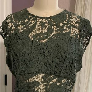 NWT BEBE MADISON DRESS IN GREEN SIZE 8